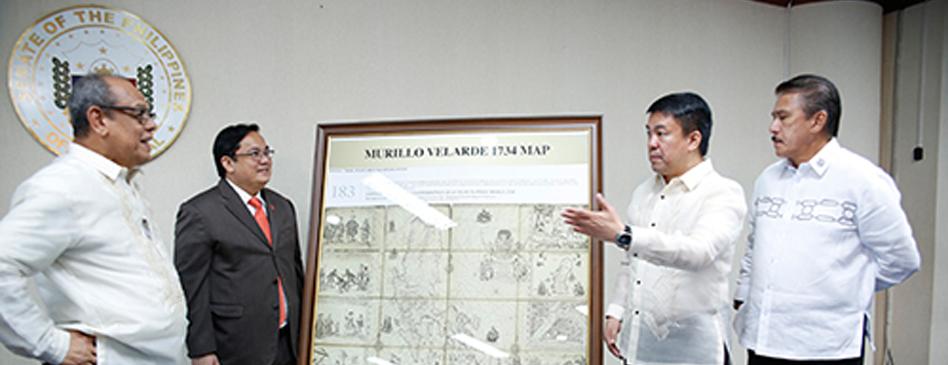 Chairman Velarde donates replicas of 1734 Murillo-Velarde Map