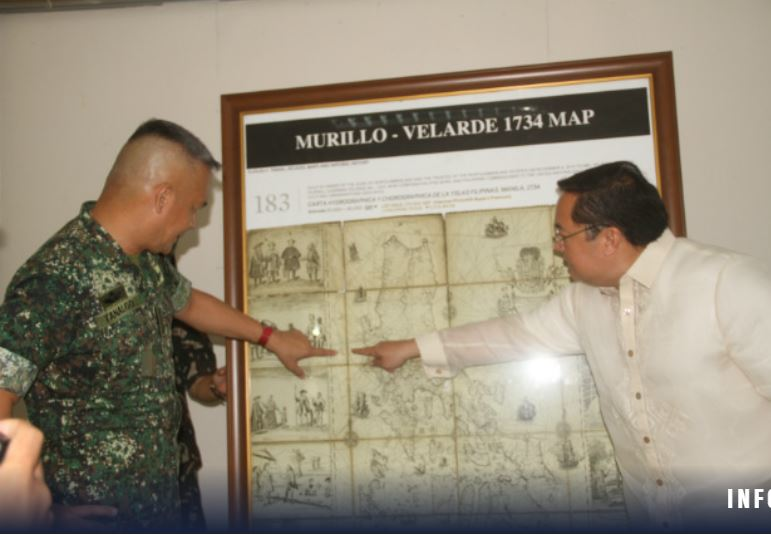 Soldiers get replica of 1734 map debunking China's claims