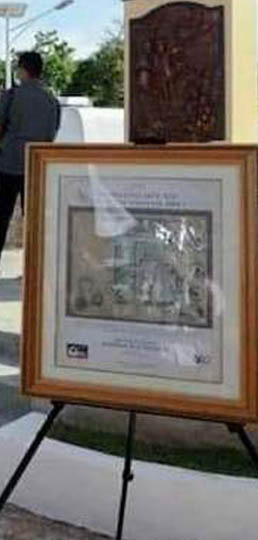 "PHLPost presents commemorative frame of historic'Murillo Velarde Circa 1734 Map"" stamps To President Duterte"